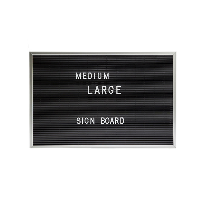"Letter Board Horizontal ""M"""